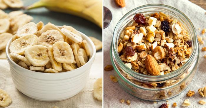 Bananchips och müsli kan innehålla mycket tillsatt socker. Foto: IBL