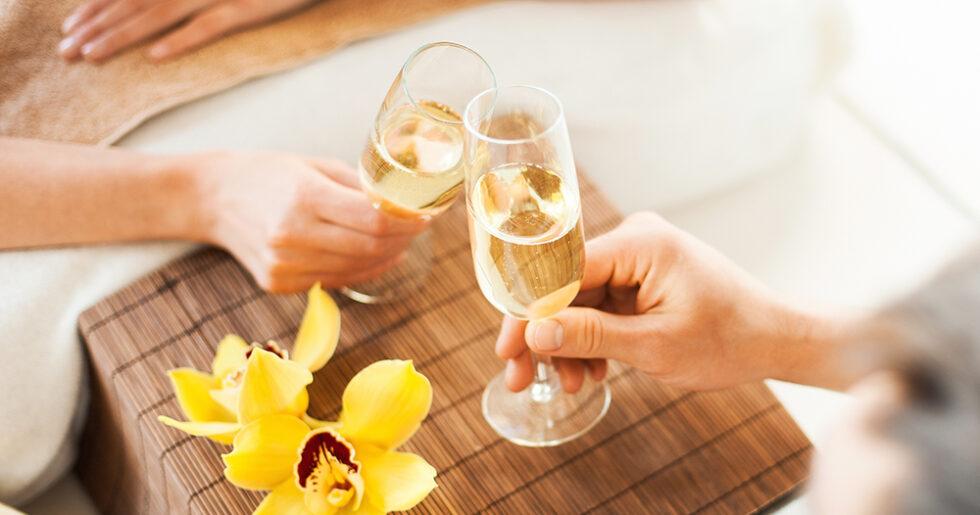 Champagne Spa Pa Ulfsunda Slott Elle Mat Vin