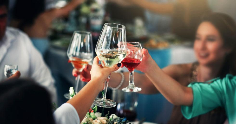 är det farligt att dricka gammalt vin