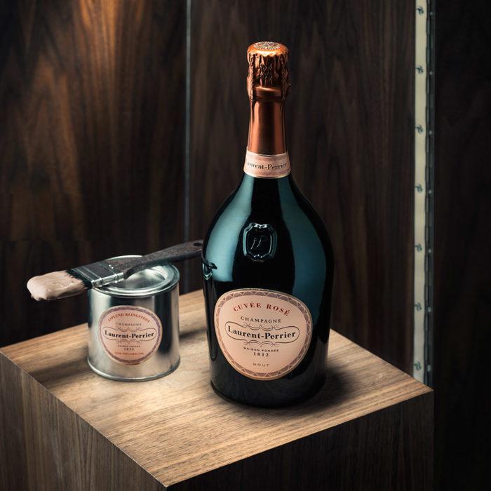 Laurent-Pierrier lanserar champagnerosa målarfärg.