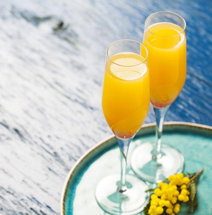 Härligt bubblig mimosa med smak av apelsin. Med eller utan alkohol.
