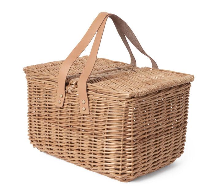 Picknickkorg från Åhlens.