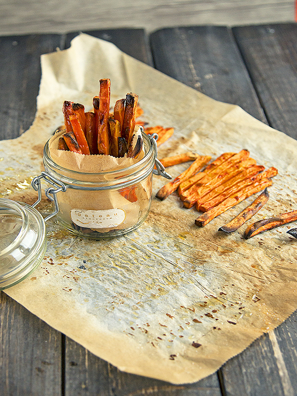Krispiga sötpotatis pommes – utan fritös!