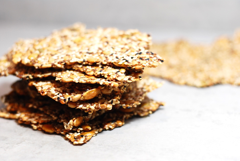 nyttigt knäckebröd med majsmjöl