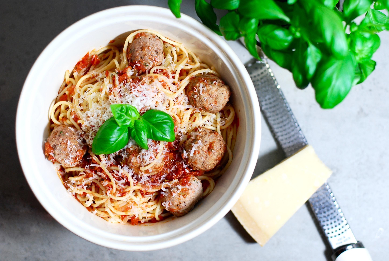 köttbullar i tomatsås jennys matblogg