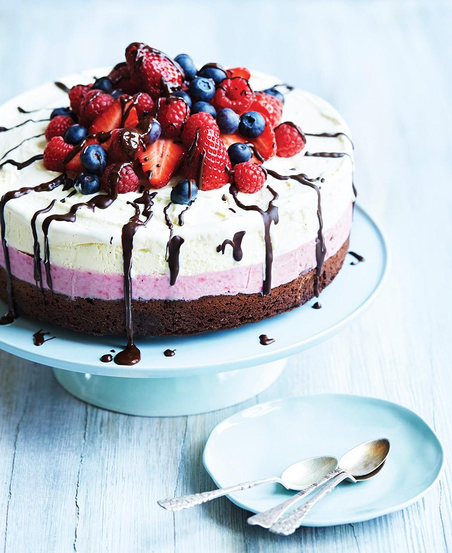 göra glasstårta av färdig glass