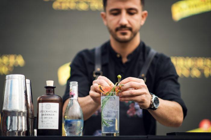Bartendern Mihail Mihaylov gör Sveriges bästa Gin & Tonic