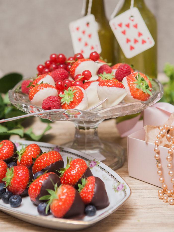 valentin-chokladdoppade-jordgubbar